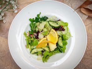 Салат из свёклы с домашним сыром