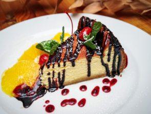 Десерт творожный с фруктами 2