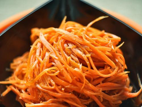 """Морковь пряная в классическом """"корейском"""" стиле"""